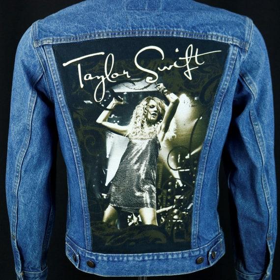 Taylor Swift Levis Denim Jacket Blue Jean Trucker Concert Tour USA 38 Mens Small