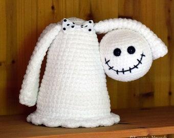 Shock the ghost, crocheted amigurumi toy Halloween decoration