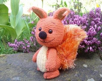Alwin the squirrel amigurumi PDF crochet pattern