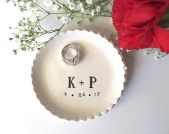 wedding ring dish, ring holder, Wedding Gift, Gift for Couple, Engagement Gift, White Ceramic Pottery, Personalized dish, Bridal Shower Gift