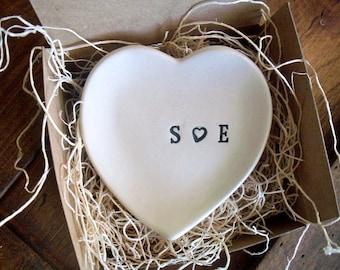 Ring holder, Ring dish, Engagement gift, Anniversary gift, Bridal Shower gift, Heart dish, Wedding gift, White Pottery, Gift for Couple