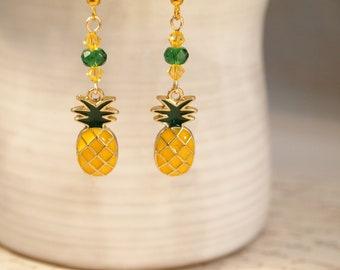 Vintage clip-on antique gold tone pineapple dangle earrings