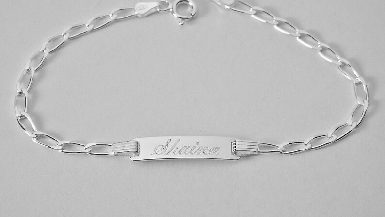 Custom Engraved Personalized Petite 7 Inch Sterling Silver Oval Curb Link ID Bracelet Hand Engraved