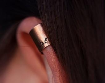 Copper ear cuff // leaf wreath pattern // non-pierced // READY TO SHIP