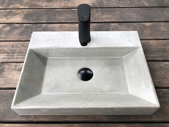 Big Dark Gray Concrete Sink UB11