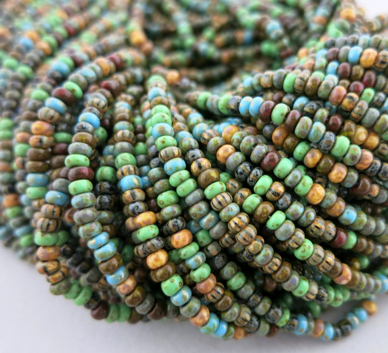 8/0 Verdant Picasso Seed Bead Mix Full Strand 250 Beads image 0