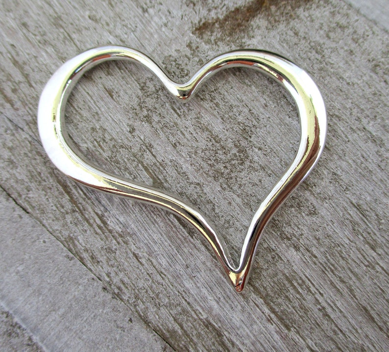Silver Tone Pewter Heart Pendant 38x32x2mm Floating Open image 0