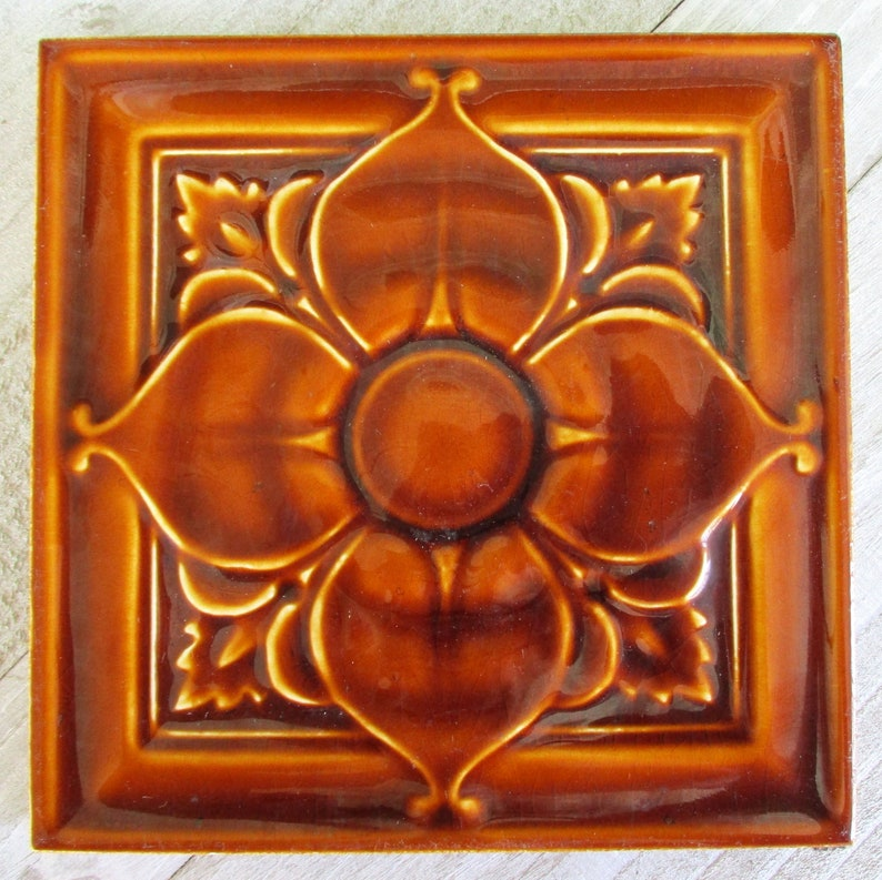 Original Art Nouveau Flower Tile c. 1900 Antique English image 0