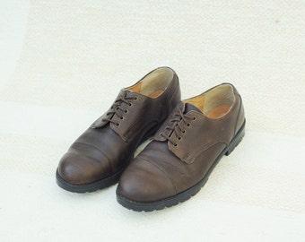 039c9dcf10e Vintage Eddie Bauer Brown Pebbled Leather Oxford Shoes