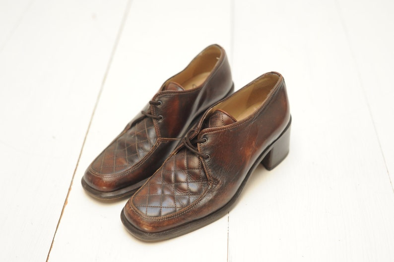 4d42329ee6a77 Vintage Joan Helpern Signature Brown Leather Oxford Shoes with Block Heels,  Handmade in Italy, Womens EUR 37, US 6 1/2 / ITEM366