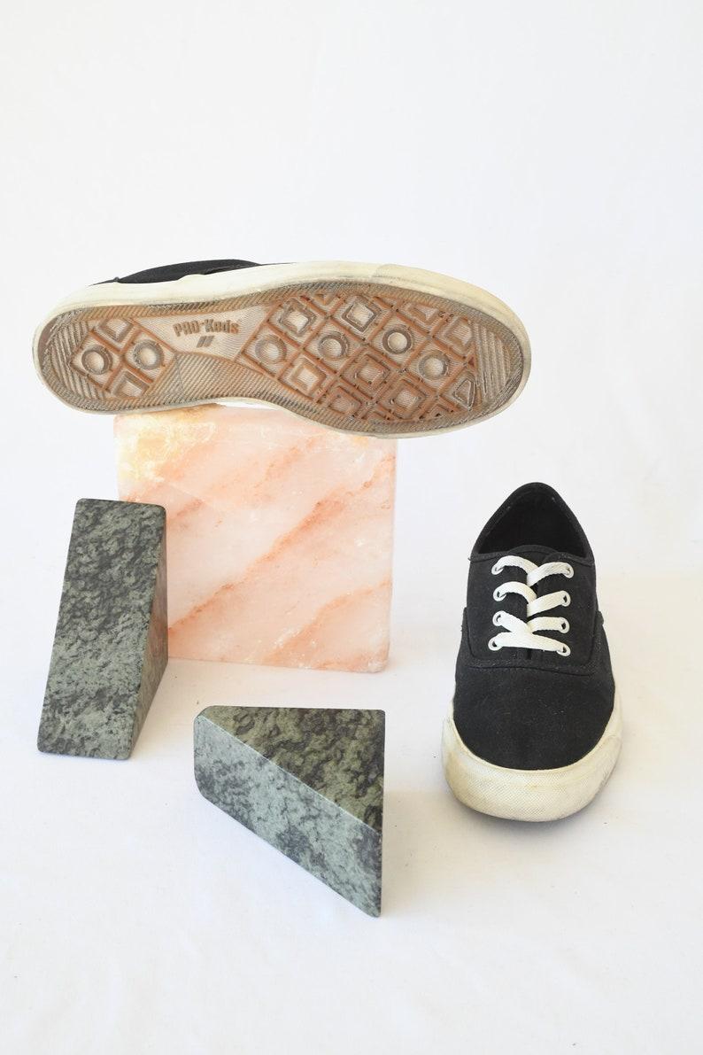 Women/'s US 8  ITEM-F133 Vintage Pro Keds Black Canvas Sneakers