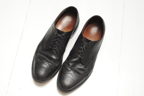 Vintage Allen Edmonds Black Pebbled Leather Wingti