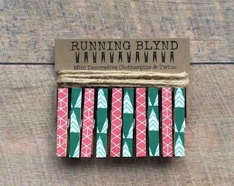 Mini Christmas Clothespins with Jute Twine. Card Display. Photo Clothesline. Holiday Decor. Christmas. Vintage Christmas.