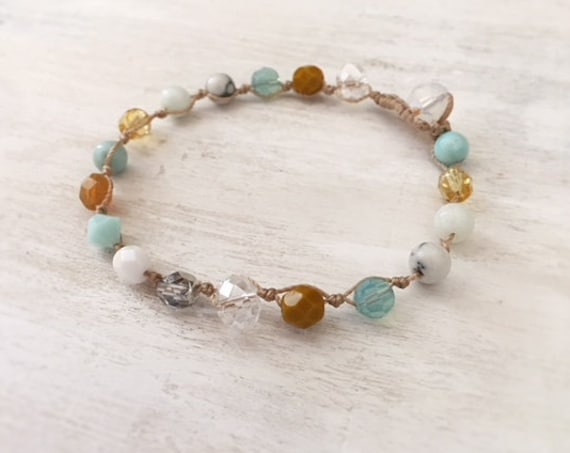 Beachy Beaded Bracelet. Teen Girl Bracelet. Bracelet for women. Handmade Jewelry. Bridesmaid Gift. Boho Jewelry. Glass Beaded Bracelet