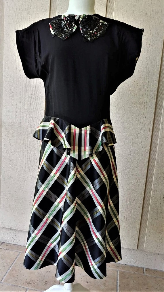 1940s WWII Peplum Plaid Skirt Frock Sm