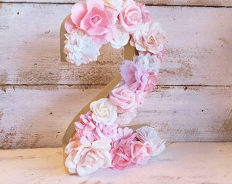 Pink Flower NUMBER 2 ~ Photo Prop ~ 8 inch Stand Up Number ~ 2nd Birthday Party and Table Decor ~ Pink and White Flowers ~ Hand Made