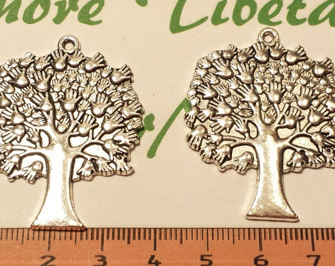2 pcs per pack 43x34mm Tree of Life with hands Pendant Antique Silver Lead free Pewter.