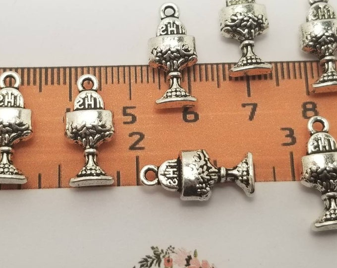 14 pcs per pack 18x8mm 5mm thickness Chalice charm Antique Silver Lead Free Pewter
