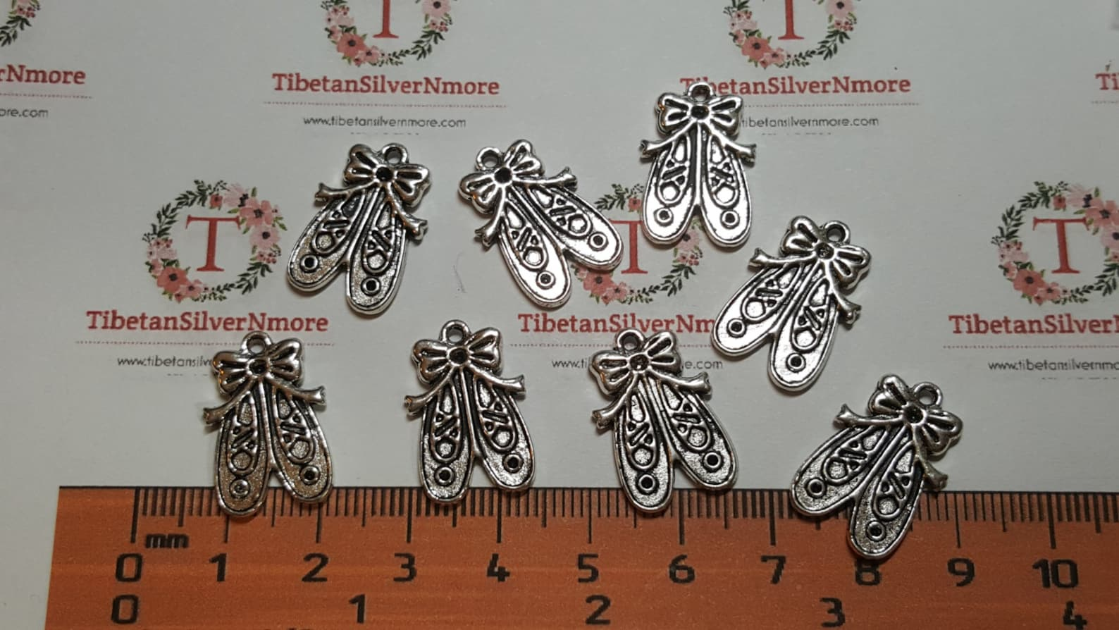 24 pieces a pack of 23x13mm reversible ballet shoes charm antique silver finish lead free pewter