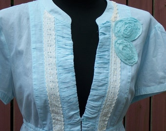 Blue Gypsy Blouse BOHO Gypsy Clothing Shabby Chic White Lace Gypsy Clothing Size XL