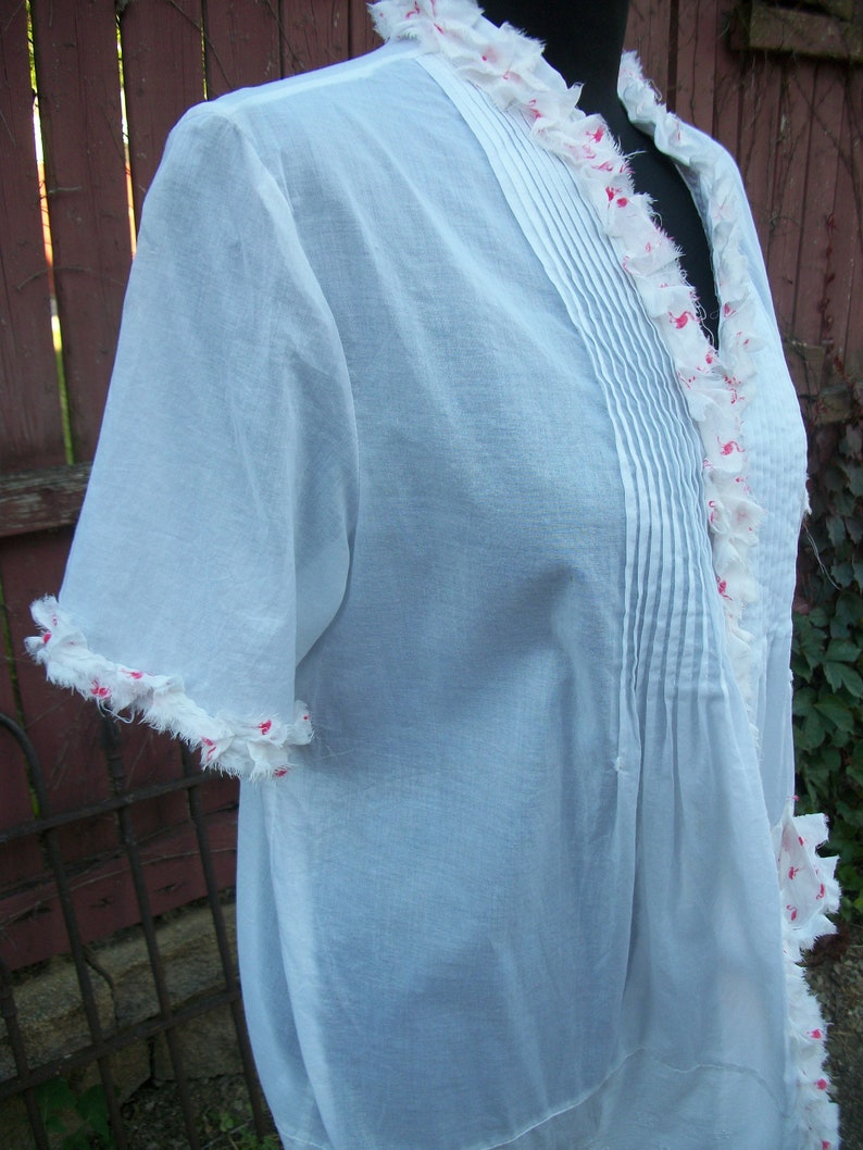 Large Pink Flamingo White Summer Duster Tunic with Pockets BOHO Blouse with Ruffle Festival Gypsy Upcycled Clothing Summer Size