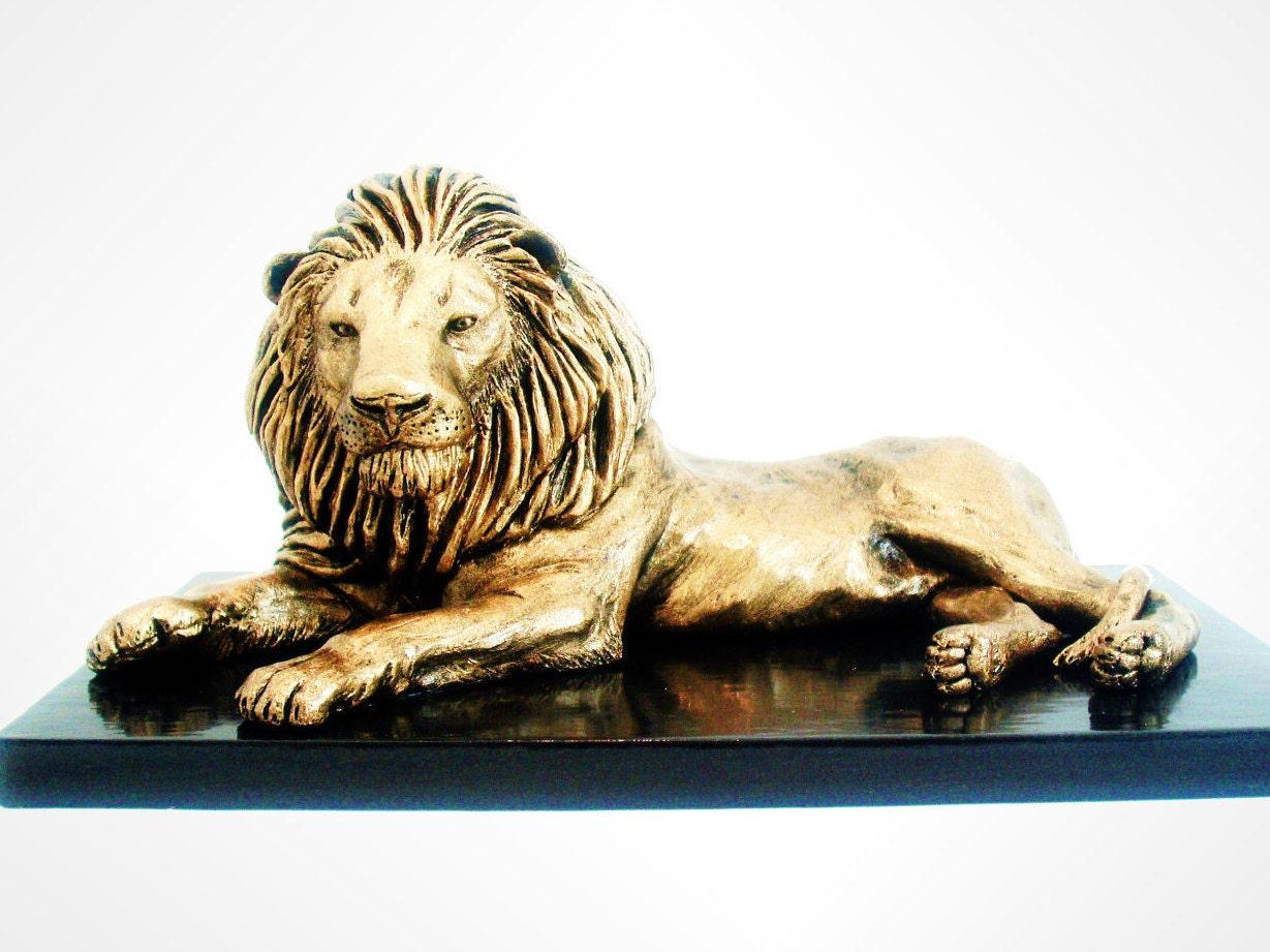 Lion King Bronze Metal Effect Handmade Sculpture Animal Art
