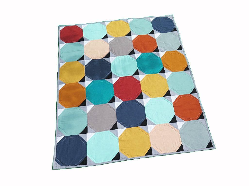 Tapis de jeu neutre de couverture de genre de couverture de chéri géométrique géométrique