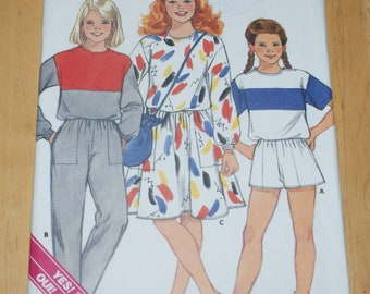 9468802ba9f Vintage Retired Butterick UNCUT Classic GirlsTop Skirt Pants Shorts and Bag  Pattern 3435 Size 12 - 14