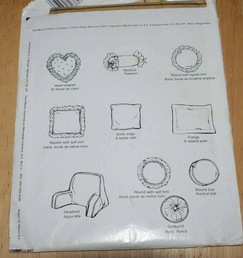 Vintage Retired  Uncut McCalls Crafts Pillow  Instruction Booklet and Pattern 5777