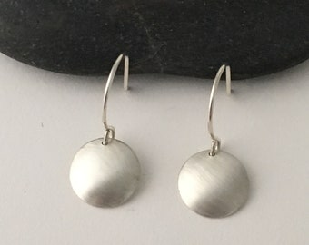 Small brushed silver round earrings