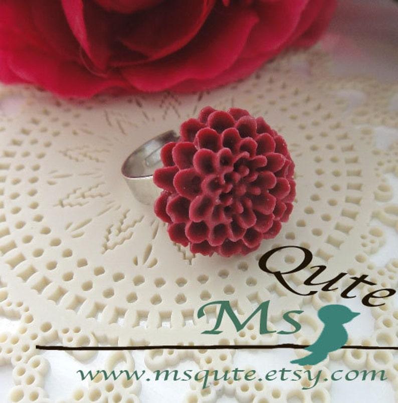 I love pom pom  ring rosary red
