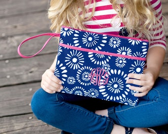 cd34d2be7ebcfd Monogrammed Cosmetic Bag ~ Riley Monogrammed Cosmetic Bag ~ Monogrammed  Accessory Bag ~ Personalized Toiletry Bag ~ Zippered Pouch ~ Navy
