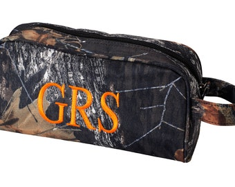 c4432a5f1c41 Camo Toiletry Bag ~ Personalized Toiletry Case ~ Boys Monogrammed Travel Bag  ~ Personalized Camo Toiletry Bag ~ Mens Shaving Bag