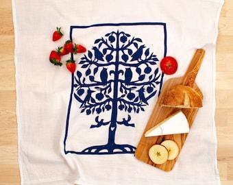 tree of life/ flour sack dish towel/ birds in tree/ housewarming gift/ birds kitchen towel/ cotton tree towel/ wedding gift/ kitchen decor