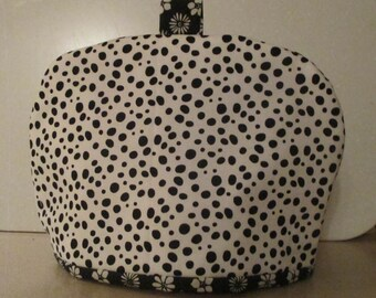 Tea cozy, tea cosy, teapot cover, black and white insulated teapot cover,
