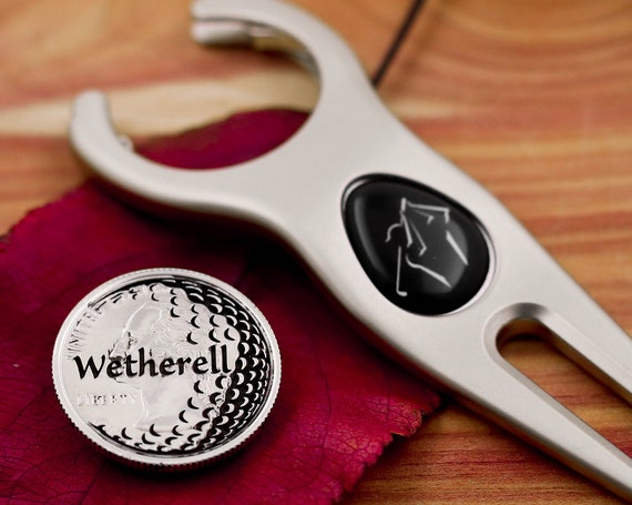 Personalized Golf Ball Marker with Engraved Name, Etched Quarter with Golf Ball Design, Golfer Accessory