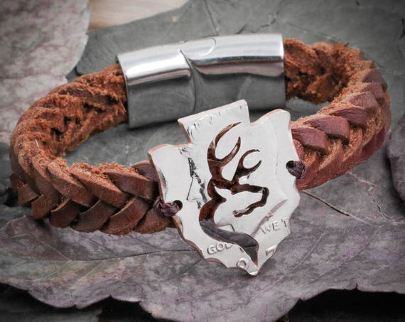 Buck Deer Bracelet, Arrowhead in Leather Bracelet, Hunters Gift, Gifts for Men, Hunting Jewelry, Boyfriend, By Namecoins