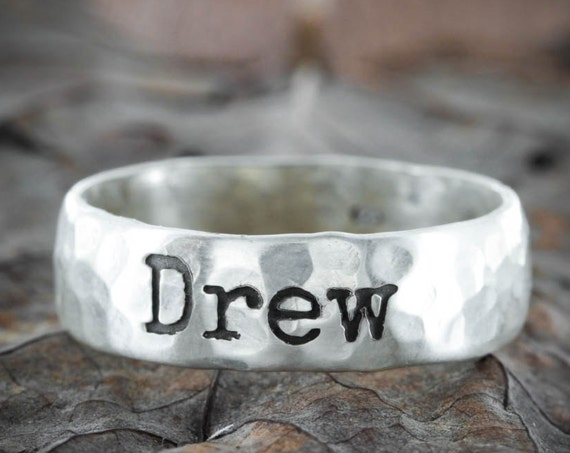 Vintage Style Silver Ring with Name, hammered and engraved 7mm ring