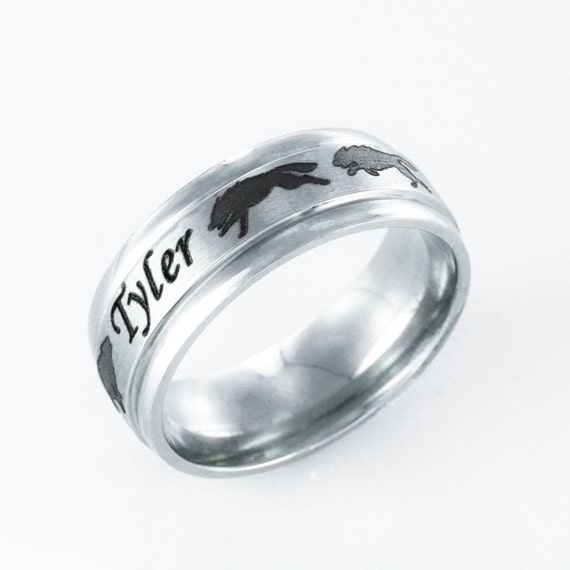 Wolf Pack Name ring, Running wolves with custom name engraved, Stainless Steel, Personalized comfort fit 7mm ring