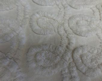 """WHITE on White Plush CHENILLE CURLIQUES Vintage Chenille Bedspread Fabric - 21"""" X 24"""" - So Pretty"""