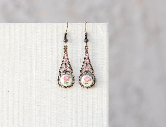 Shabby Chic Porcelain Rose Earrings French Earrings Drop Earrings French Chic Roses Dangle Earrings Eiffel Tower Earrings