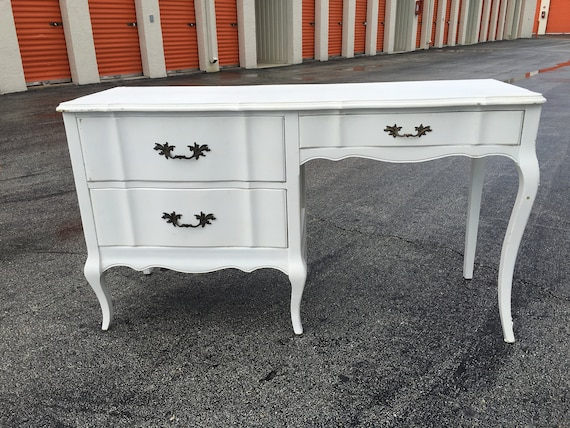 SHEu0027S GOT LEGS / Gorgeous French Provincial Desk / White | Etsy