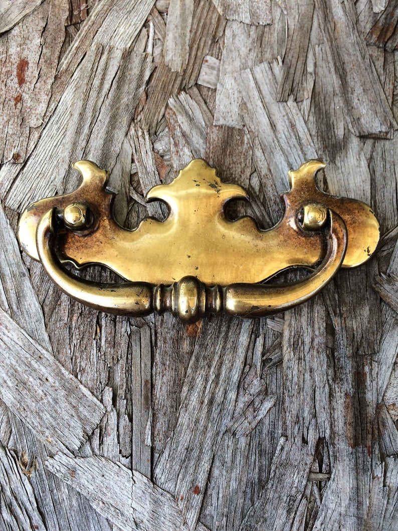 Handles Keeler Brass Dresser Pulls Early American Colonial Hardware Cabinet Pulls Chippendale Brass Drawer Pulls Lot Of 6