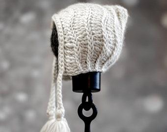 Crochet Pattern - 2 versions - Baby Bonnet- Modern Vintage Heirloom Crochet Summer Winter- Infant Baby Toddler Child -  kc550