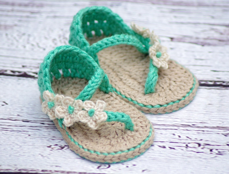 c453a854e04f Crochet Baby Pattern Sandals Carefree Sandals number 219