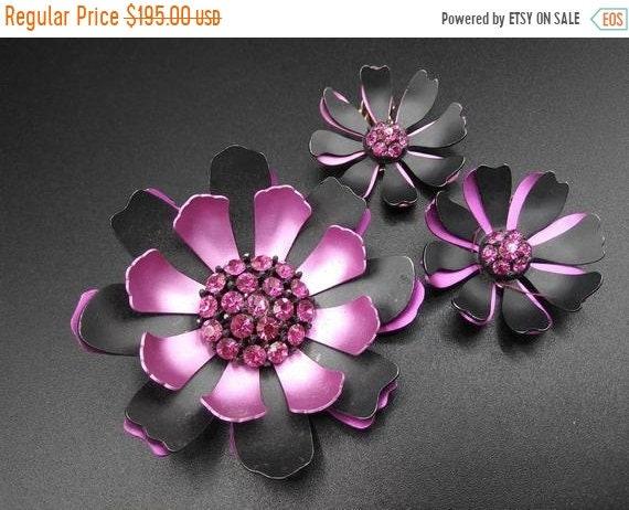 Purple rhinestones Floral flower brooch earring se