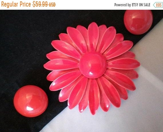 True Bright Red Flower Brooch Earring Set, Demi Pa