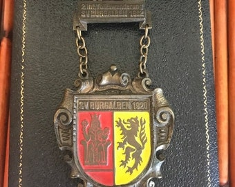 Vintage 1982 German 2.int. SV burgalben 1920 metal pin M 80 Crown dragon lion castle shield brooch pin