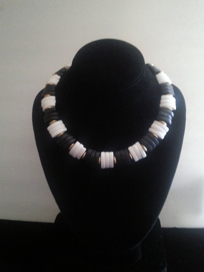 Vintage Black /& White Chunky Necklace ** 1980/'s Retro Rockabilly Collectible Accessory