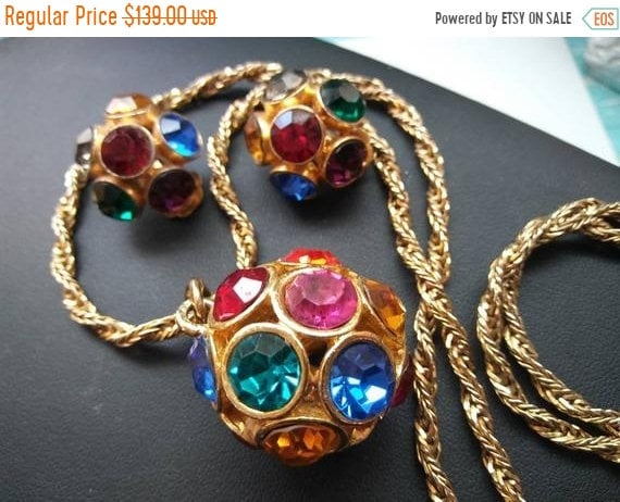 Beautiful vintage goldtone colorful multicolored rhinestone pendant necklace with tassel and matching clipback earrings set